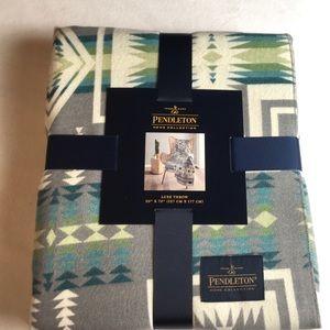 Pendleton Luxe Throw Blanket Grey Harding 50 x 70